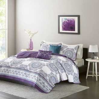 4-Piece Luxury Coverlet Set in White-Purple Medallion, Twin