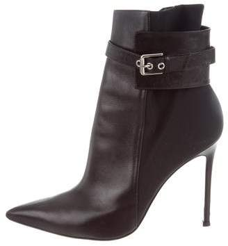 Gianvito Rossi Pointed-Toe Ankle Boots