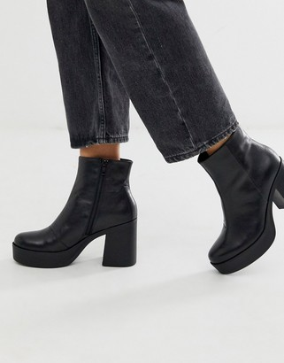 Aldo Boawia platform heel leather boot