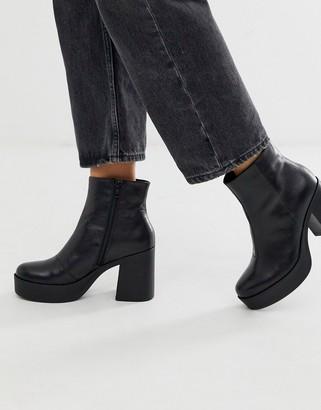 Aldo Boawia platform heel leather boot