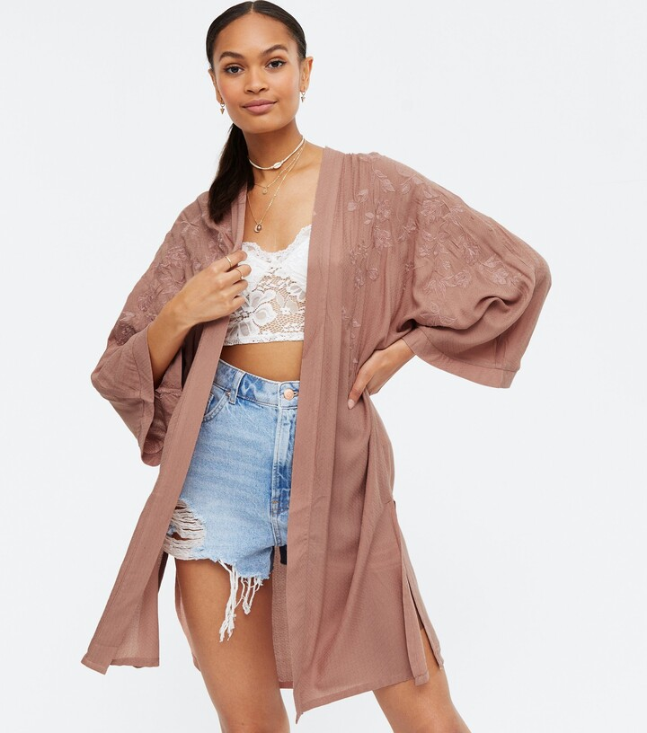 Thumbnail for your product : New Look Floral Embroidered Kimono