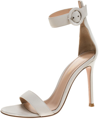 Gianvito Rossi White Leather Portofino Ankle Strap Sandals Size 35