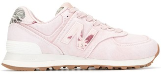 New Balance WL574 low-top sneakers