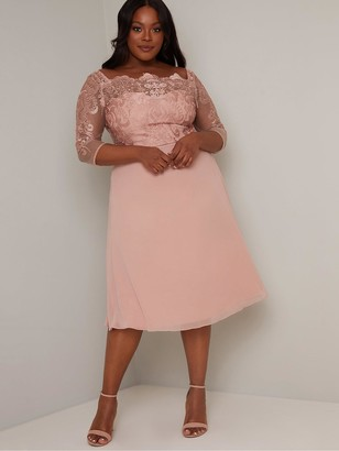 Chi Chi London Curve Curve Melina Dress - Dusty Pink