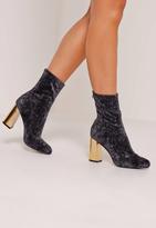 Missguided Crushed Velvet Block Heeled Boots Black