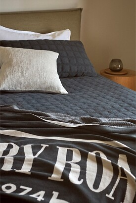 Country Road Heritage Knit Throw
