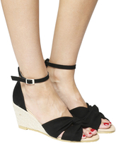 Office Mauritius Knot Front Wedges