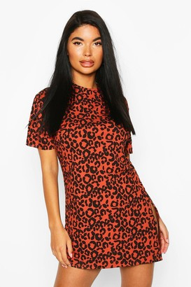 boohoo Petite Rib Animal Print T-Shirt Dress