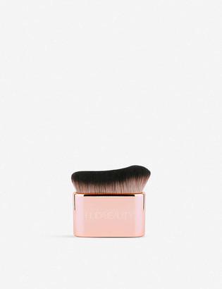 HUDA BEAUTY Blur & Glow Body Brush