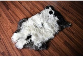 Chelan Animal Print Handmade 2' x 3' Sheepskin Cream/Brown Indoor / Outdoor Area Rug Millwood Pines