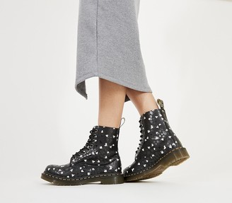 Dr. Martens 8 Eyelet Lace Up Boots Black Hearts