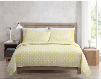 Freshee 4-Piece Queen Sheet Set with Intellifresh Technology, Yellow Cathedral