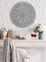 Stratton Home Decor Medallion Wall Figure
