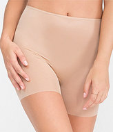 Spanx Skinny Britches Smoothing Girl Short
