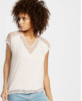 Express t- lace inset dolman tee:pitch black:no size