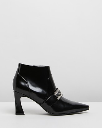 CAVERLEY Turner Leather Ankle Boots