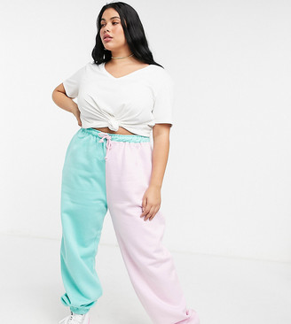 Daisy Street Plus relaxed colour-block trackies with vintage new york print co-ord