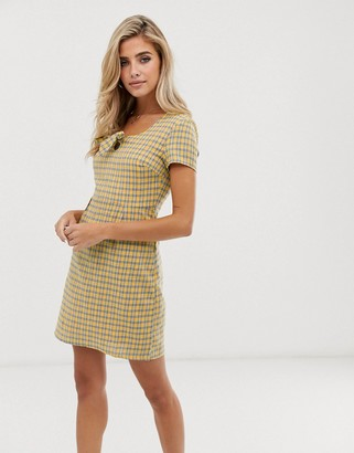 Daisy Street mini tea dress with bow front in check-Yellow