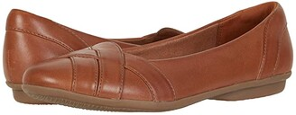 Clarks Gracelin Mia (Black Leather) Women's Shoes