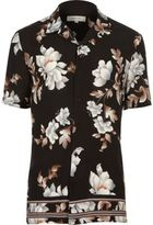 River Island MensBlack floral print short sleeve shirt