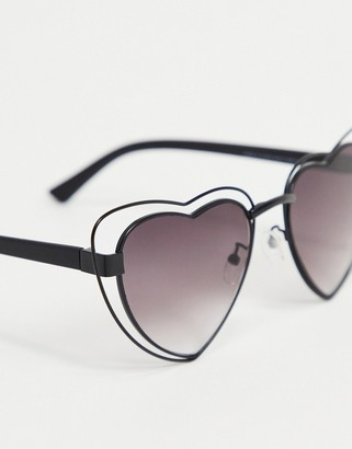 A. J. Morgan AJ Morgan heart sunglasses in black