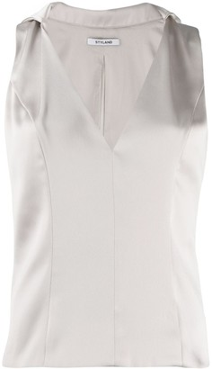 Styland Collared Vest