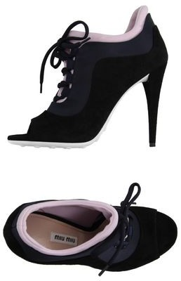 Miu Miu Lace-up shoe