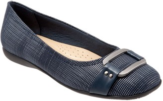 Trotters Ornament Buckle Ballerina Flats -Sizzle 2