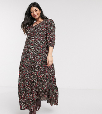 New Look Plus Curve maxi smock dress in black ditsy floral