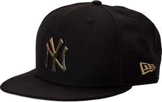 New Era New York Yankees MLB Metal Badge 9FIFTY Snapback Hat