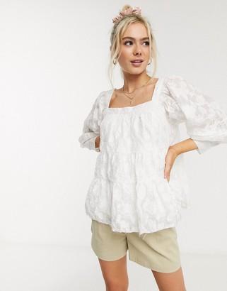 Moon River crinkle volume blouse in white