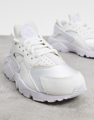 Nike Huarache Run sneakers in white