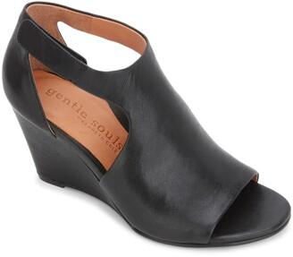 Gentle Souls by Kenneth Cole Gentle Souls Signature Lunette Wedge Sandal