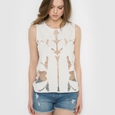 Vero Moda ReginaBlouse with Openwork Embroidery