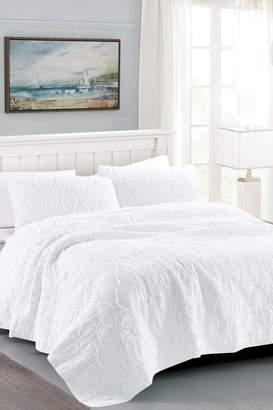 California Design Den King Wavy S Ruffled Quilt Set - Bright White