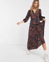 Asos Design DESIGN trapeze maxi dress with puff sleeve in mixed daisy print