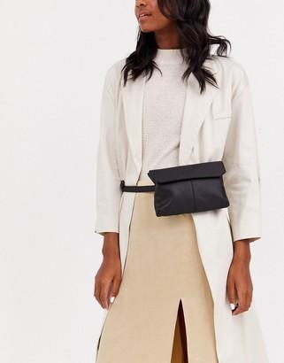 Asos Design DESIGN leather flat fanny pack-Black