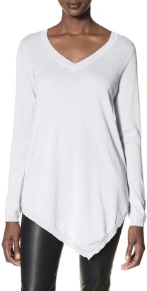 Acrobat Women's Handkerchief Hem Pullover Top