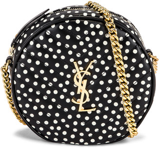 Saint Laurent Round Camera Bag Vinyle in Noir & Blanc Vintage & Noir | FWRD
