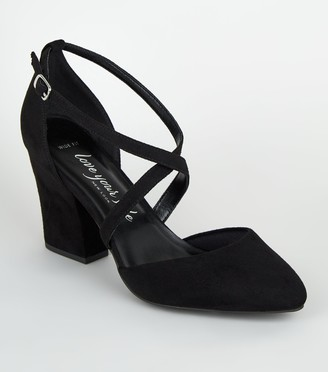 New Look Wide Fit Suedette Cross Strap Court Shoes