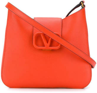 Valentino Garavani logo clasp shoulder bag red