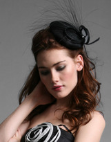 Mini Beret Fascinator With Loop And Feather Detail