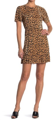 Collective Concepts Short Sleeve Leopard Print Dress