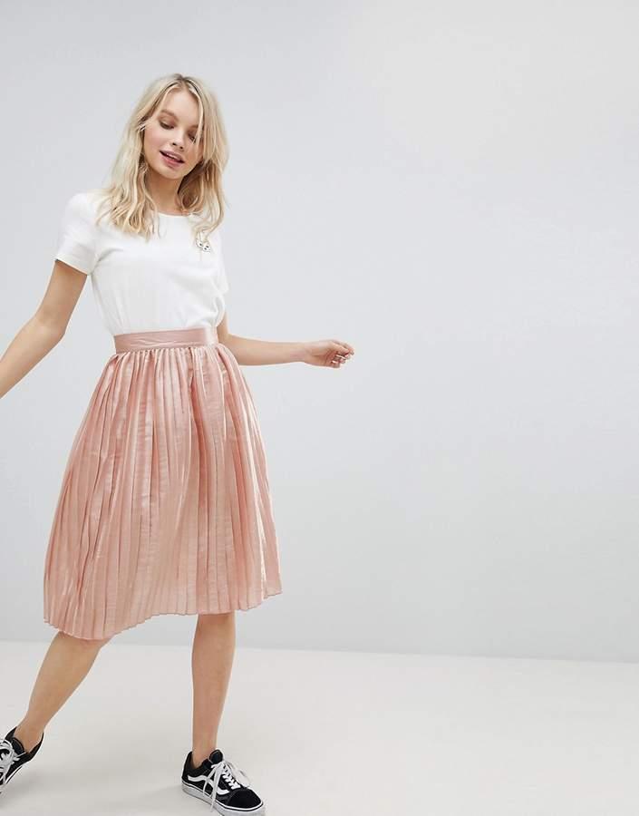 Glamorous Pleated Metallic Skirt