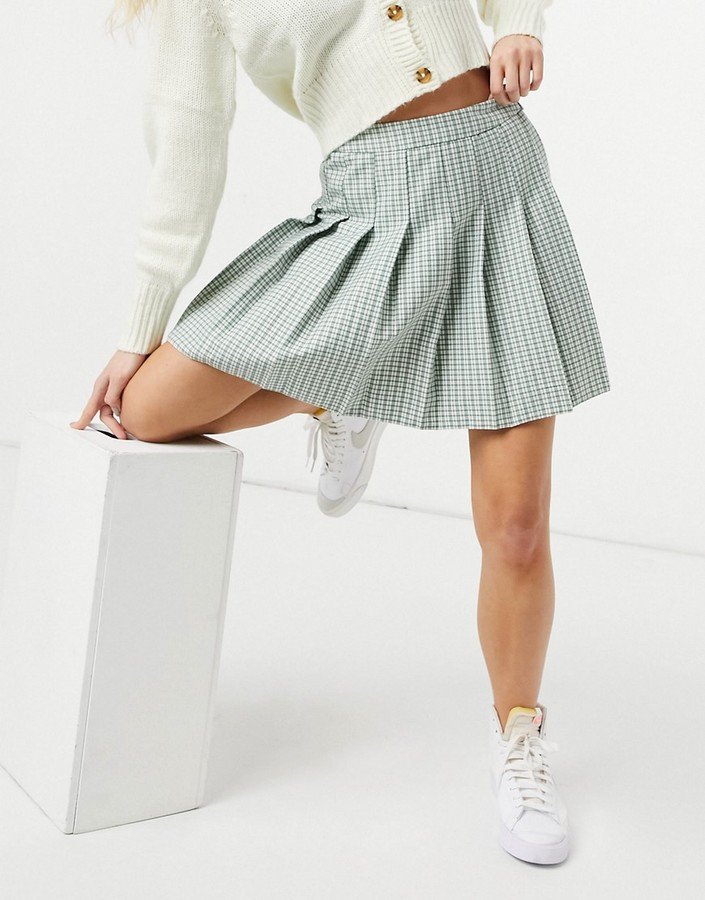 Thumbnail for your product : New Look mini pleated tennis skirt in pastel green check