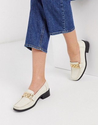 Asos DESIGN Minimize square toe chain loafer in bone