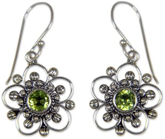 Novica Artisan Crafted Sterling 1.00 cttw Peridot Earrings