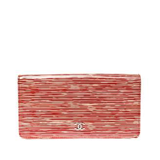 Chanel \N Orange Patent leather Purses, wallets & cases