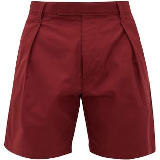 E. Tautz High-rise Pleated Cotton-gabardine Shorts - Mens - Burgundy