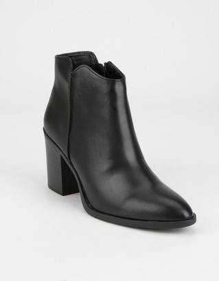 Qupid Block Heel Womens Black Booties